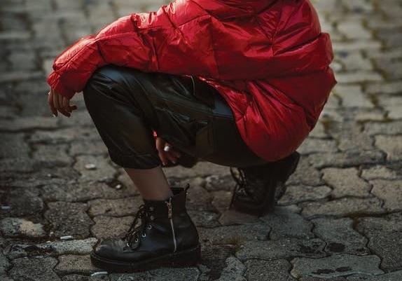 modne spodnie czarne
